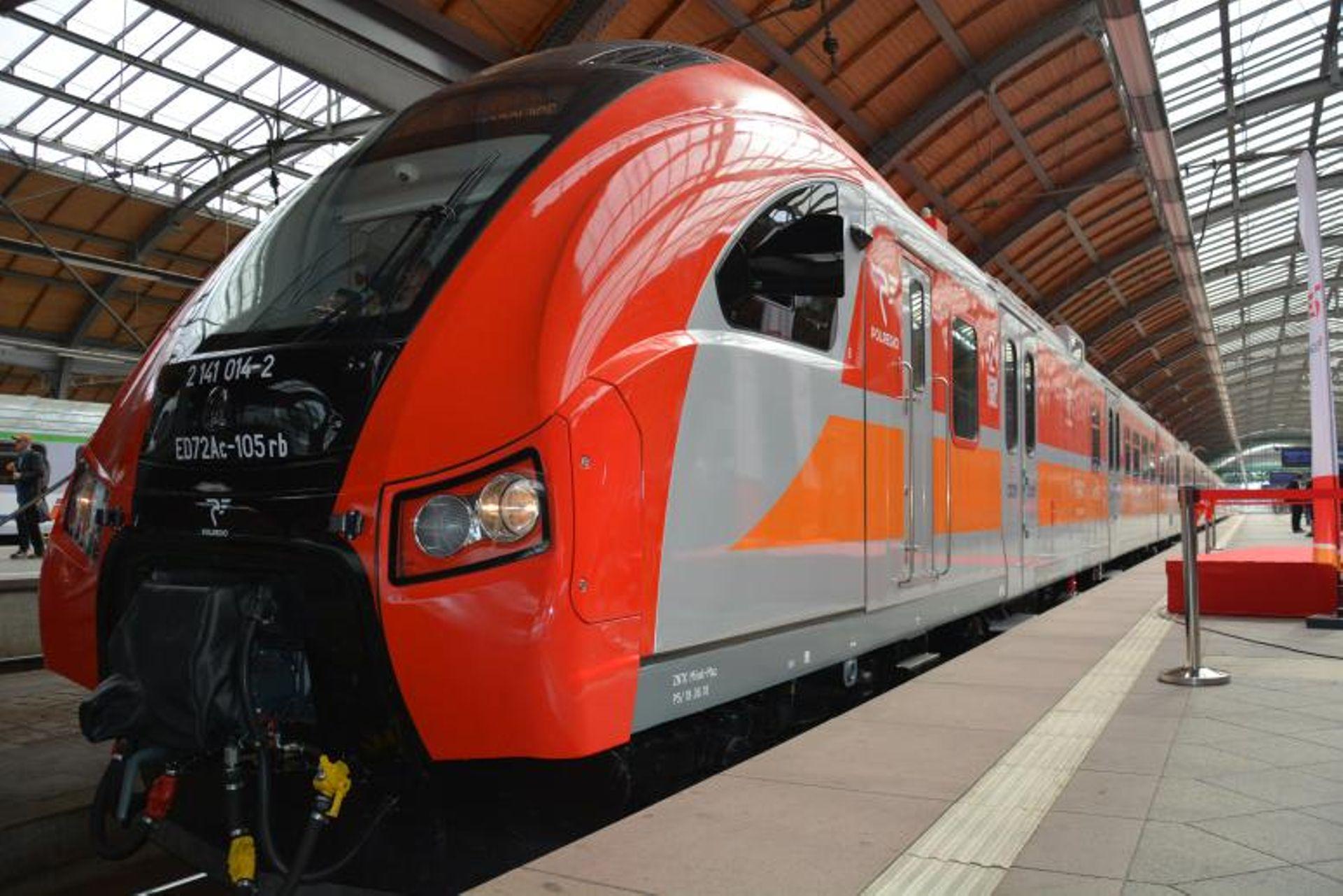 Będzie więcej pociągów na Dolnym Śląsku i z Wrocławia. UMWD podpisał umowę z Polregio