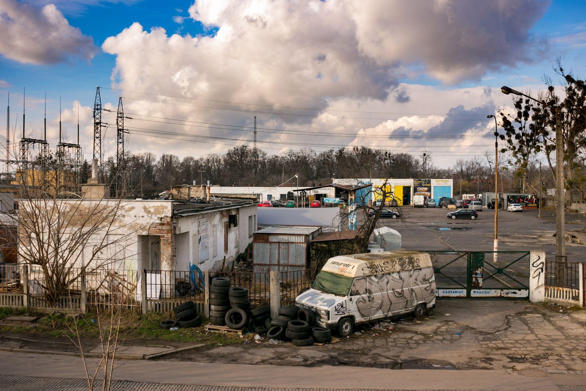 Wrocław: Lokum Deweloper wybuduje prawie 1500 lokali na terenie giełdy samochodowej na Szczepinie