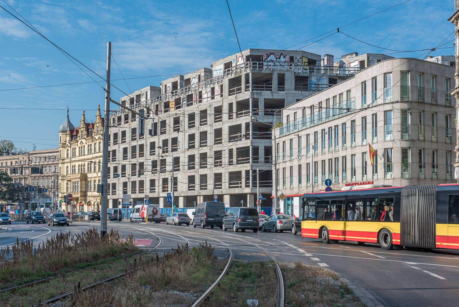 Wrocław: Centreville – Bouygues Immobilier zamieni szkieletora na Nadodrzu w apartamentowiec