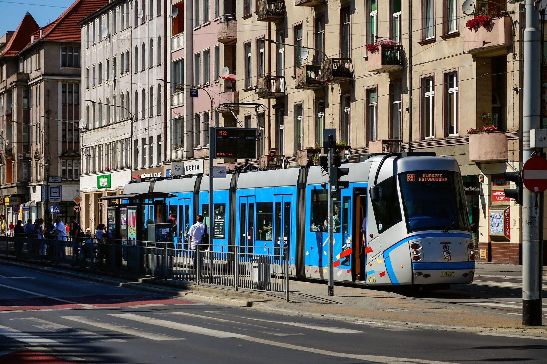 [Wrocław] Linie tramwajowe, drogi, parkingi. Jakie przetargi planuje miasto w 2017 roku?