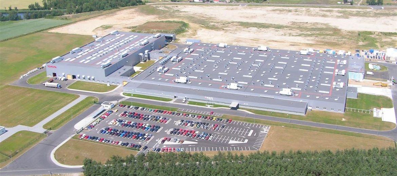 Widok na kompleks fabryk Toyoty w Wałbrzychu (foto: materiały inwestora)