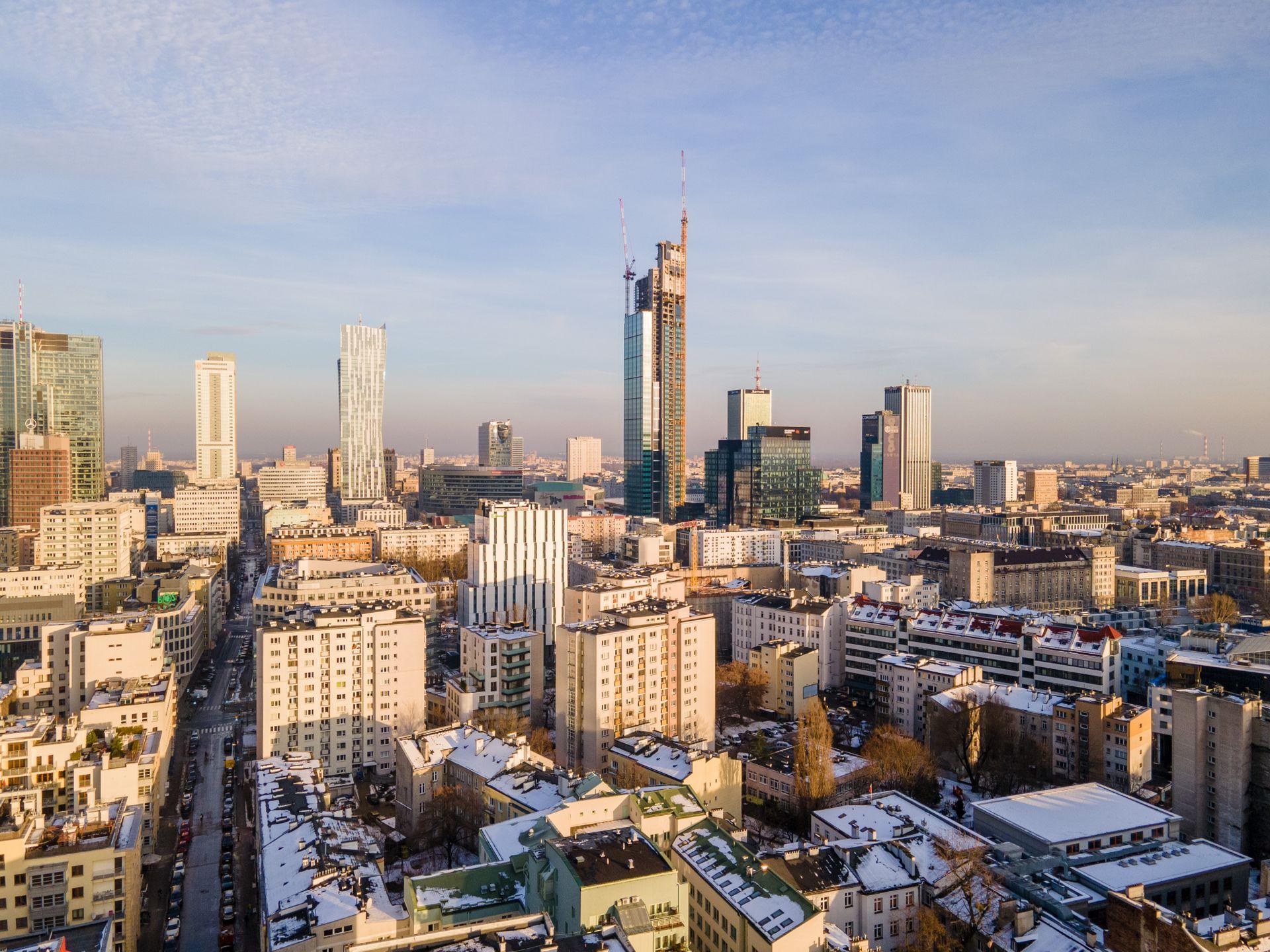 W Warszawie powstaje najwyższy budynek w UE – Varso Tower [FILM]