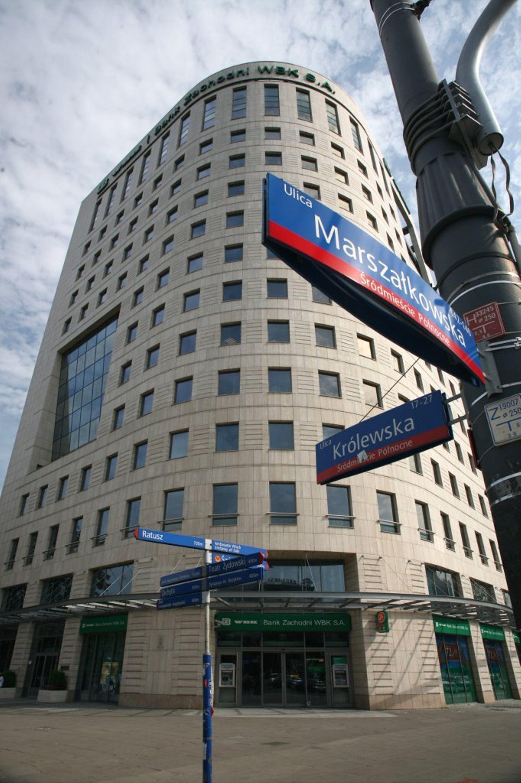 [Warszawa] Fundusz inwestycyjny wprowadza się do Centrum Królewska w Warszawie