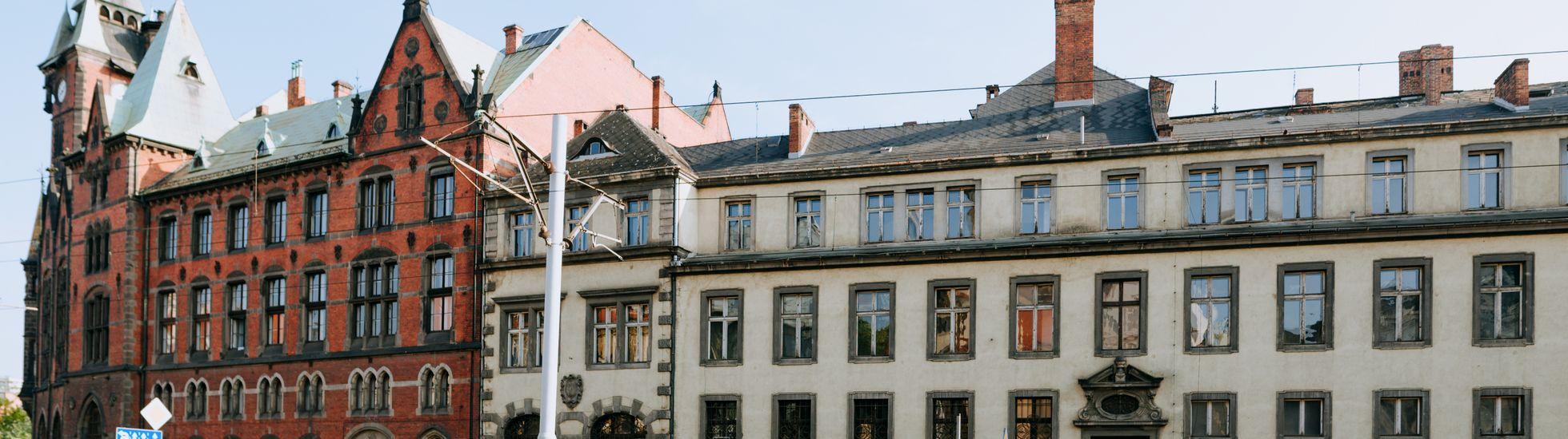 Uniwersytet Wrocławski sprzedaje dwa zabytkowe gmachy tuż przy Rynku. Cena robi wrażenie!