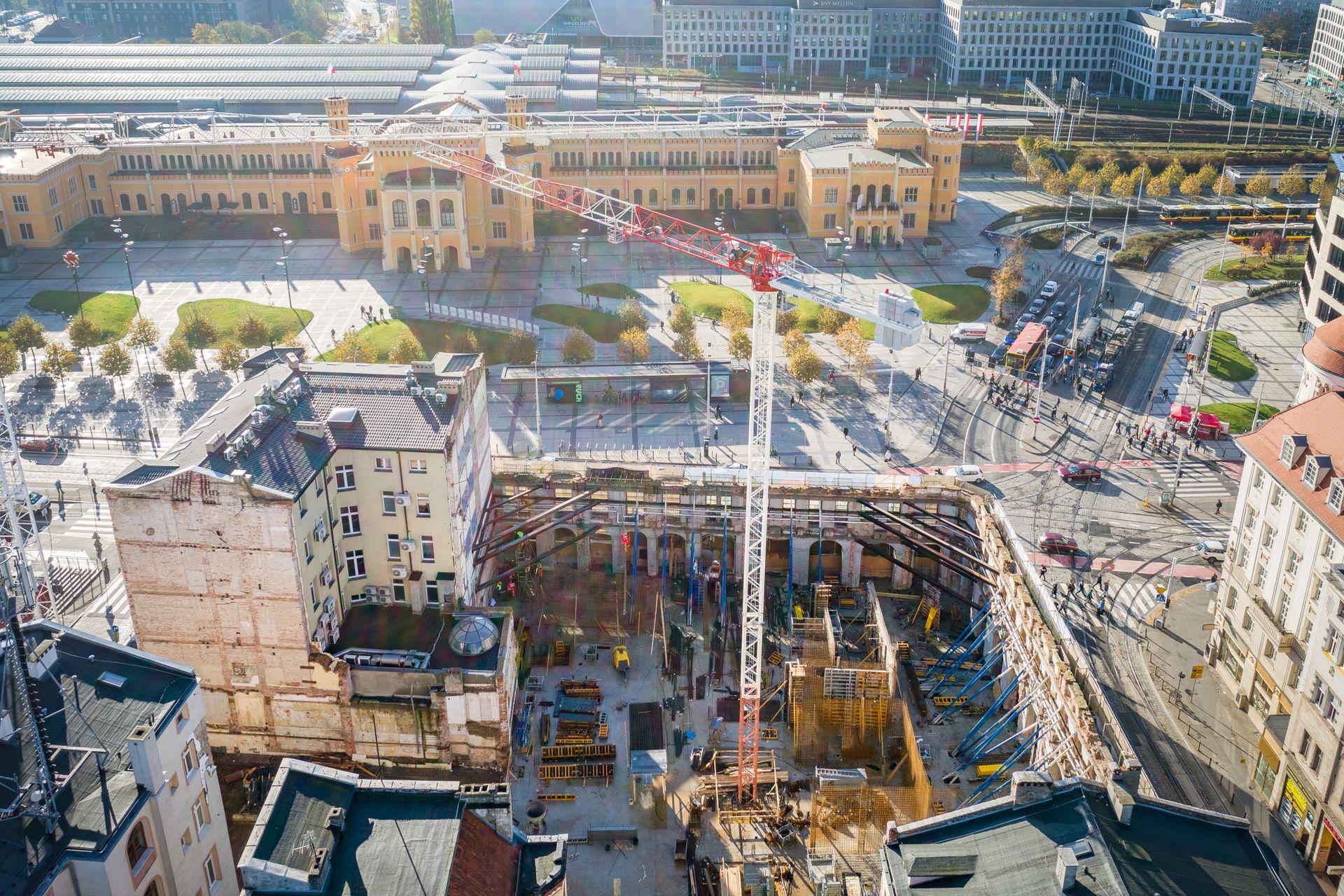 Wrocław: Hotel Grand pnie się w górę. Rafin rusza z odbudową konstrukcji