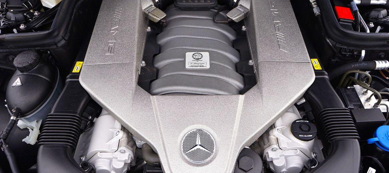Kooperanci Daimlera wstrzymują się