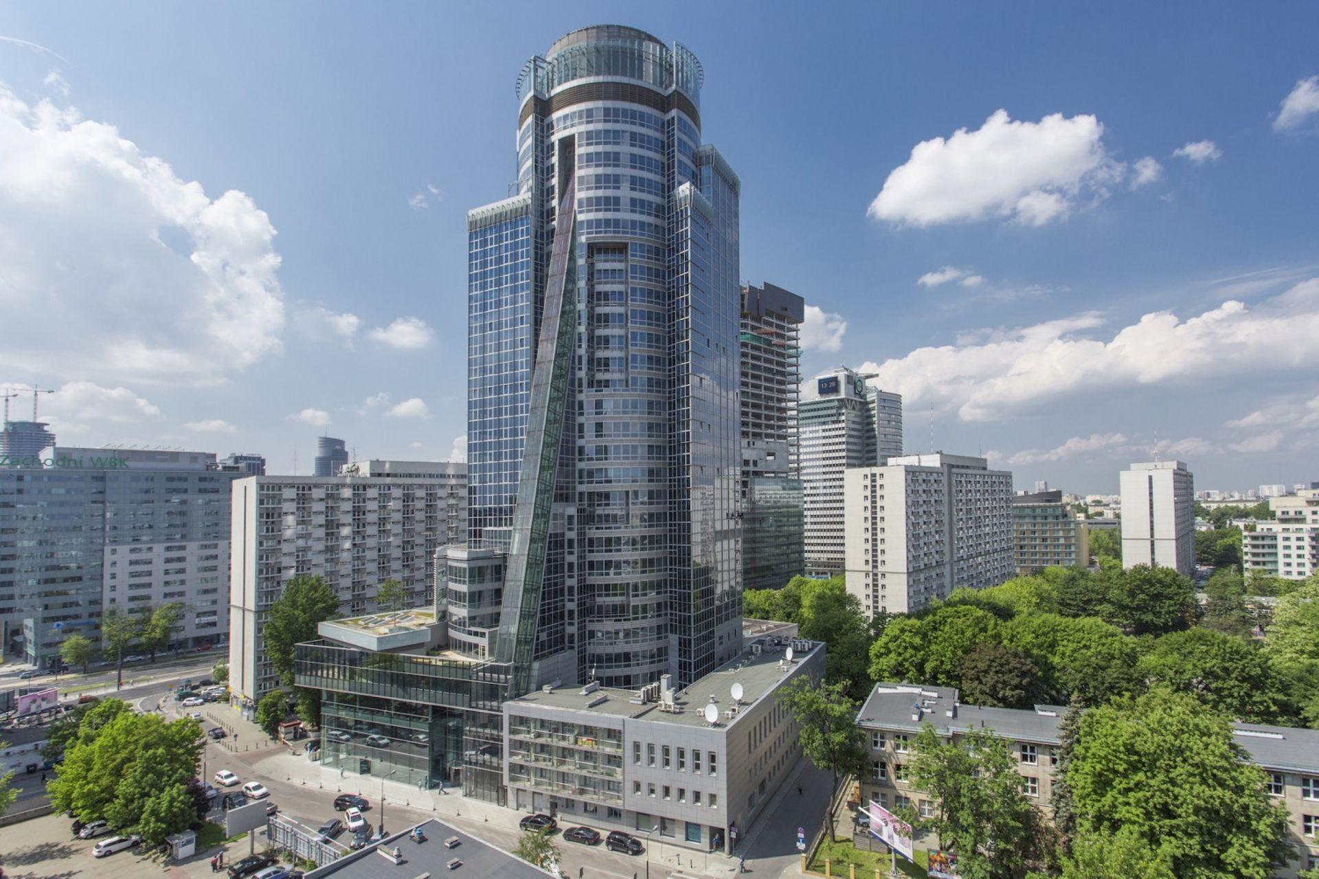 [Warszawa] Biurowiec Spektrum Tower w Warszawie ma nowego zarządcę