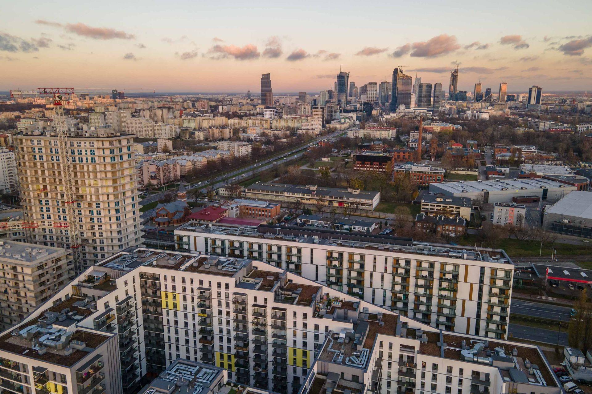 W I kwartale br. w Warszawie kupiono 6,7 tys. mieszkań. Ceny były wyższe o ponad 8% niż rok temu