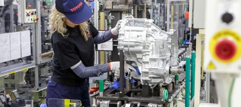 Toyota rozpoczyna produkcję przekładni