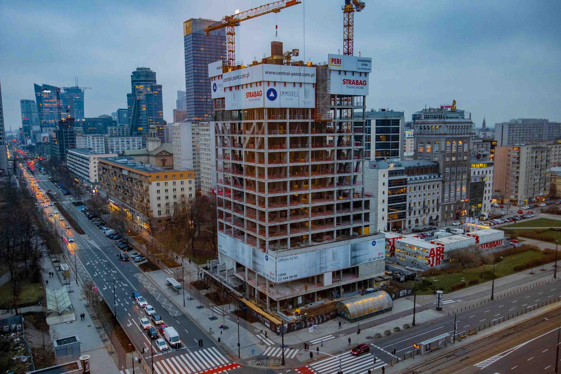 Przy ulicy Zielnej 37 w Warszawie powstaje biurowiec Central Point [FILM + ZDJĘCIA]