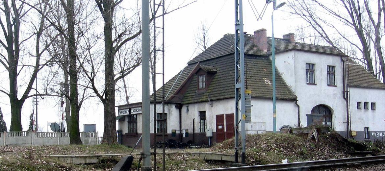 Powstaną przystanki przy stacji