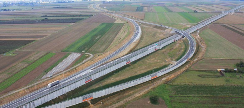 Województwo buduje drogi chroniąc