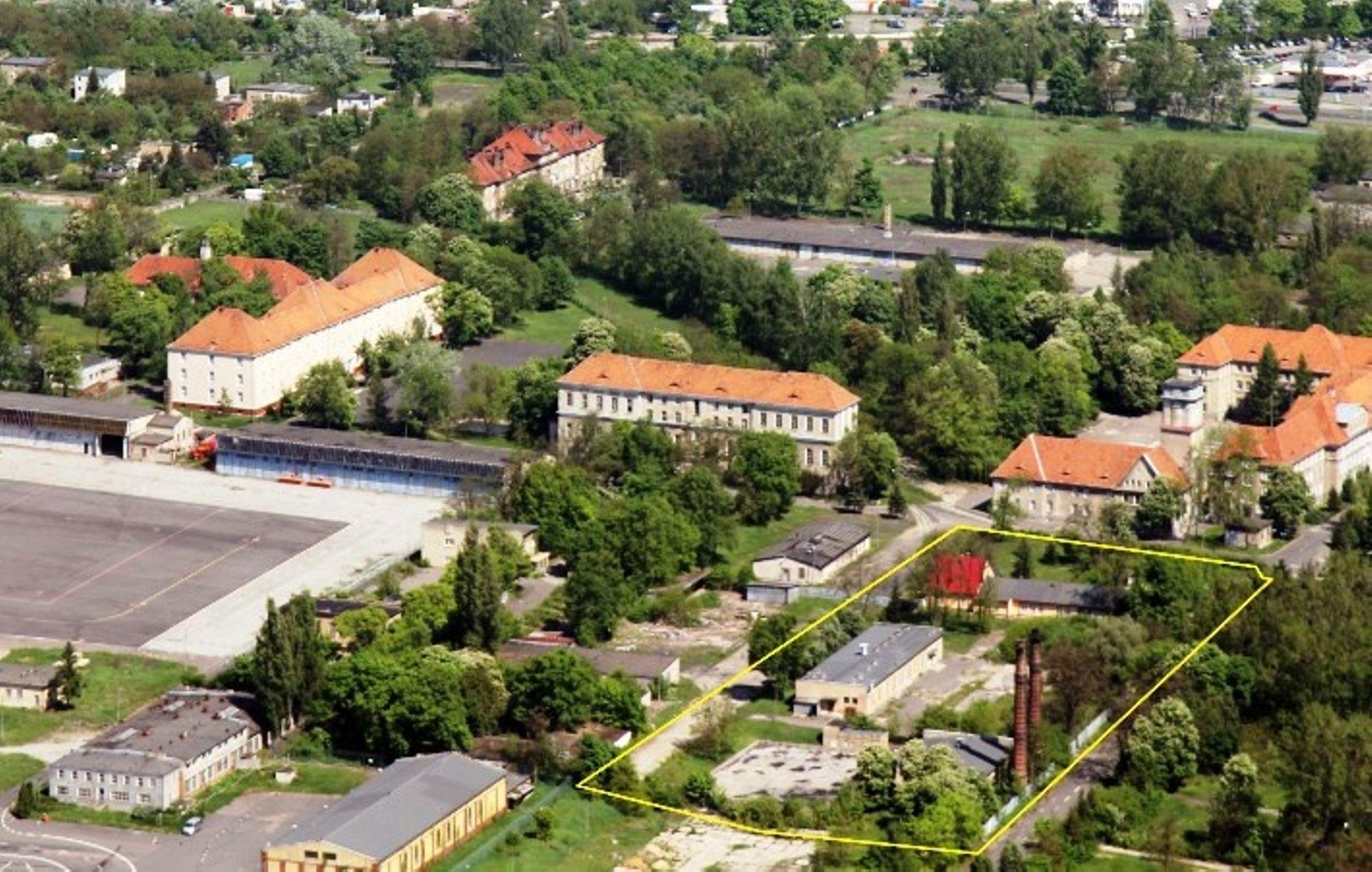 Poznań: Wojsko sprzedaje teren przy lotnisku wart miliony