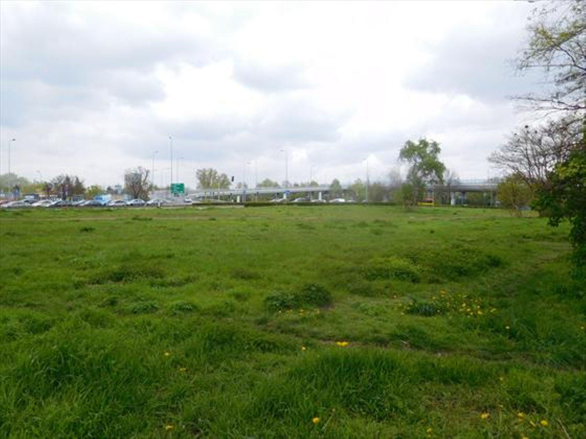 Wrocław: Działki przy Obwodnicy Śródmiejskiej przejęły wspólnie dwie firmy