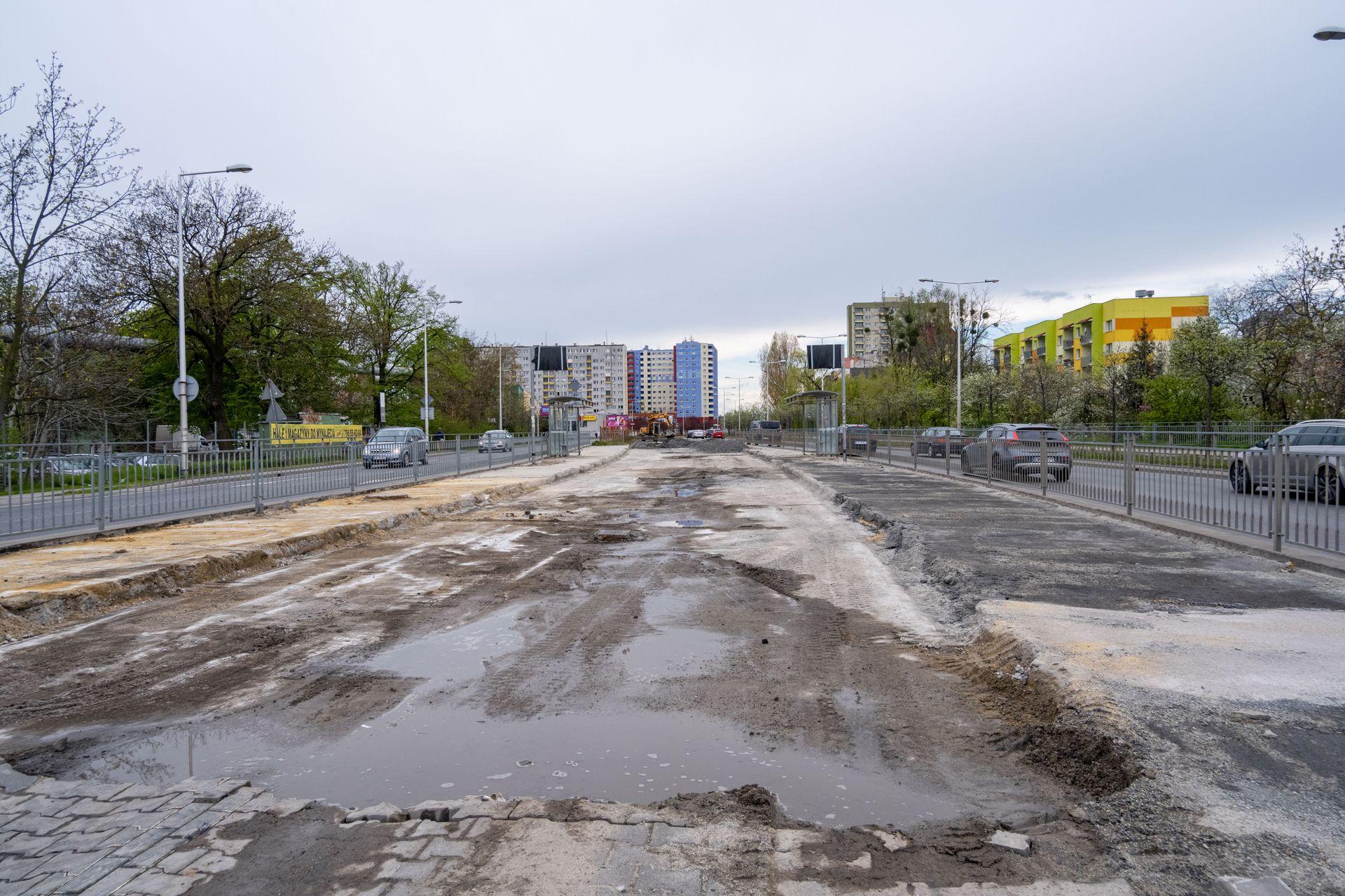 We Wrocławiu trwa budowa Trasy Autobusowo-Tramwajowej na Nowy Dwór [FILM]