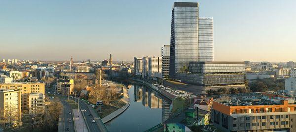 Wrocław: Quorum – Cavatina ruszy z budową pierwszej planowanej wieży nad Odrą. Będzie nowy taras widokowy [WIZUALIZACJE]