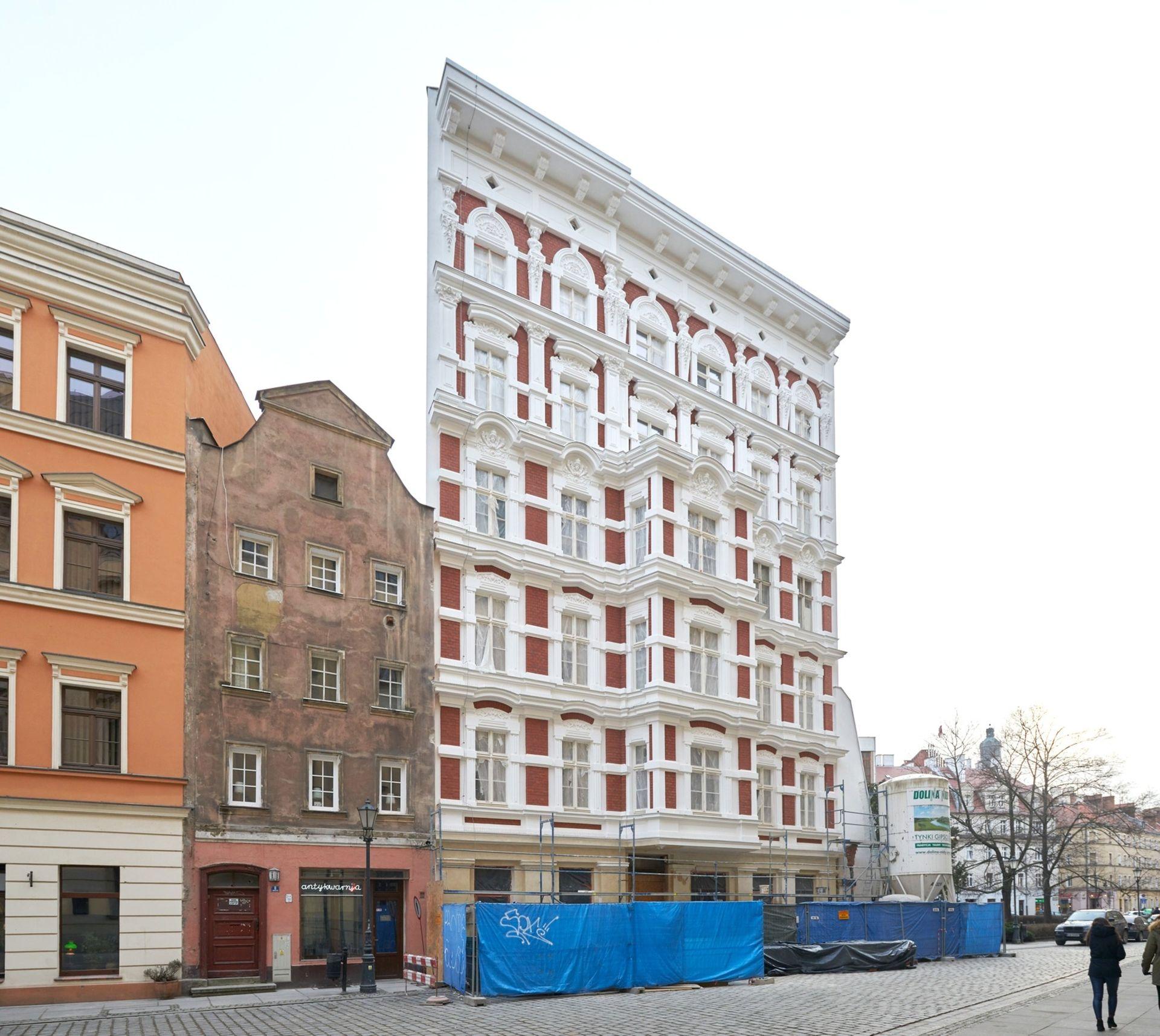 Miasto za 30 milionów złotych wystawia na sprzedaż kamienicę tuż przy Uniwersytecie