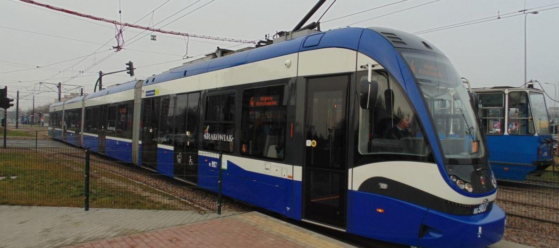 Warszawa wyprzedza Kraków szybkim