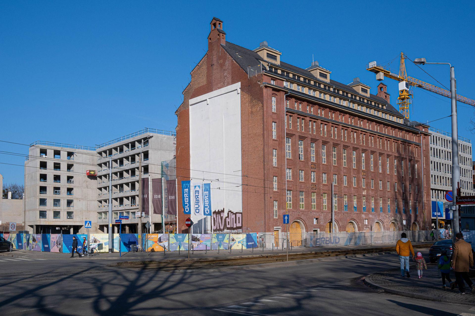 Zamiast nowego hotelu przy ulicy Sienkiewicza powstanie budynek z mieszkaniami na wynajem