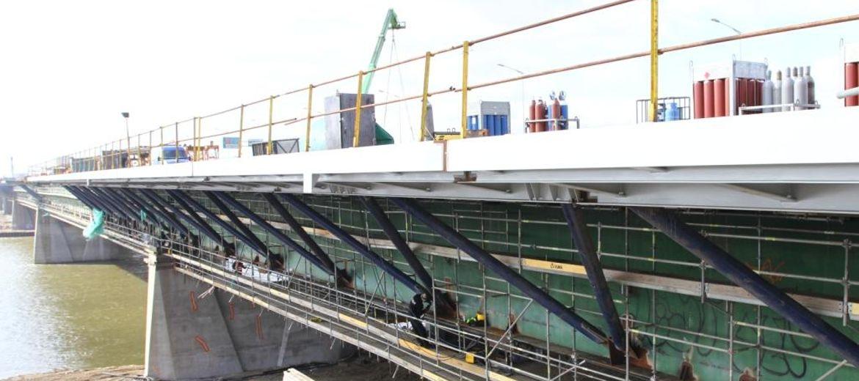 Zakończono poszerzanie Mostu Grota-Roweckiego