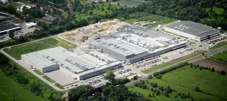 Kompleks fabryk 3M we Wrocławiu przy ul. Kowalskiej (foto: youtube.com)