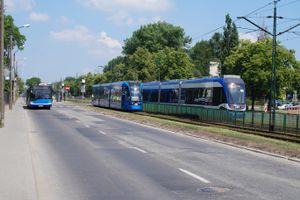 Kraków: Przebudowa Bieńczyckiej wchodzi w kolejną fazę, tramwaje na zmienionych trasach