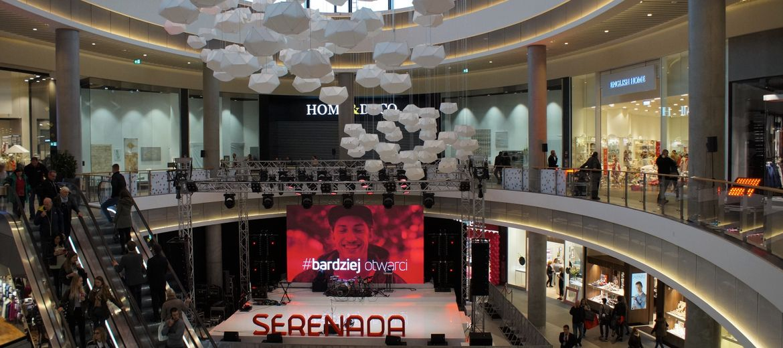 Dziś centrum handlowe Serenada