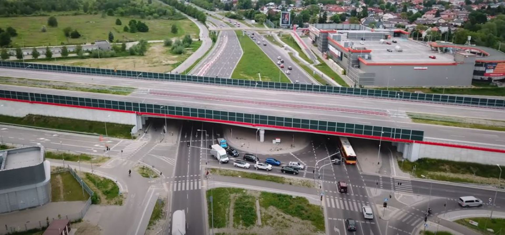 Trwa budowa Południowej Obwodnicy Warszawy [FILM]