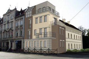 Wrocław: Krępicka 1 – zabytkowy budynek w Leśnicy zyskuje nowe wcielenie [WIZUALIZACJE]