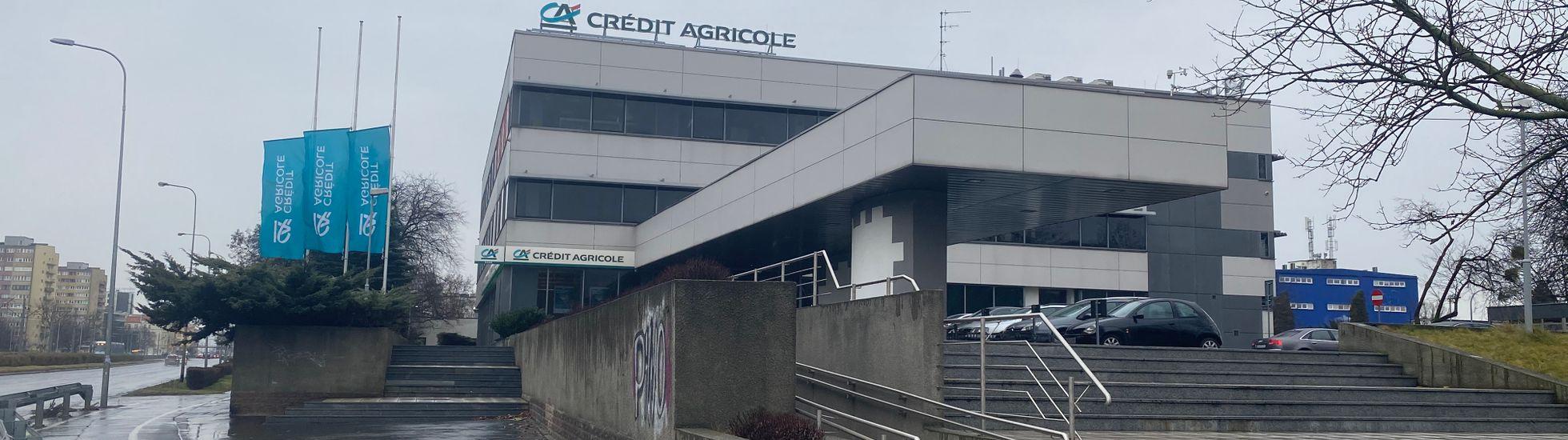 Wrocław: Są chętni na budynek banku Credit Agricole przy placu Strzegomskim