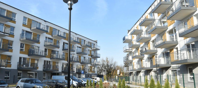 Trzy budynki osiedla Nowe