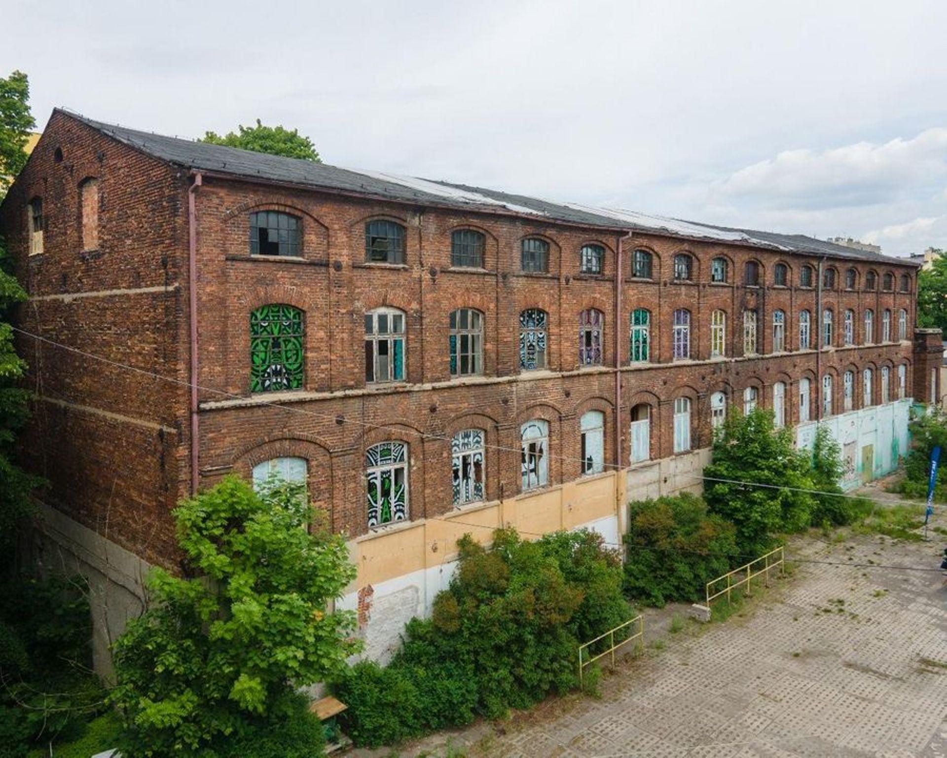 Wkrótce rozpocznie się rewitalizacja 100-letniej fabryki Wigencja w Łodzi