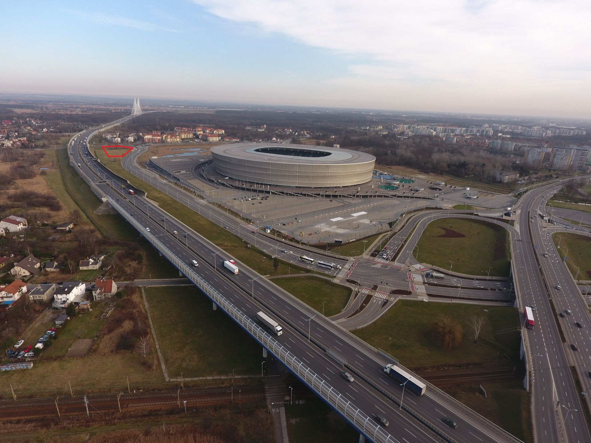 Kto kupi działkę obok Stadionu Miejskiego? Można na niej wybudować biurowiec, hotel lub obiekt handlowy