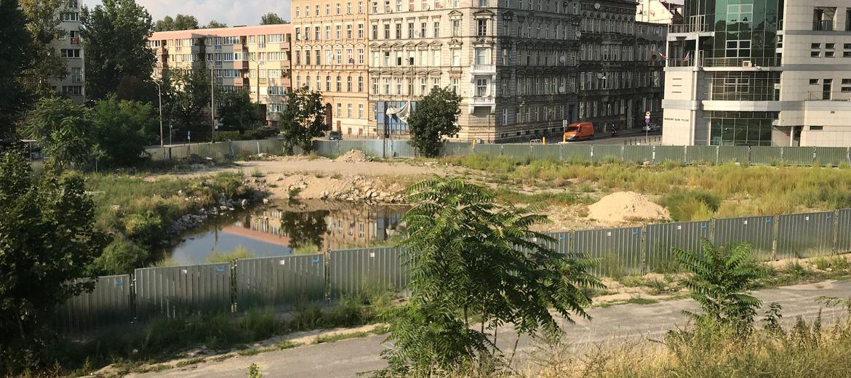 Wrocław: Develia rusza z