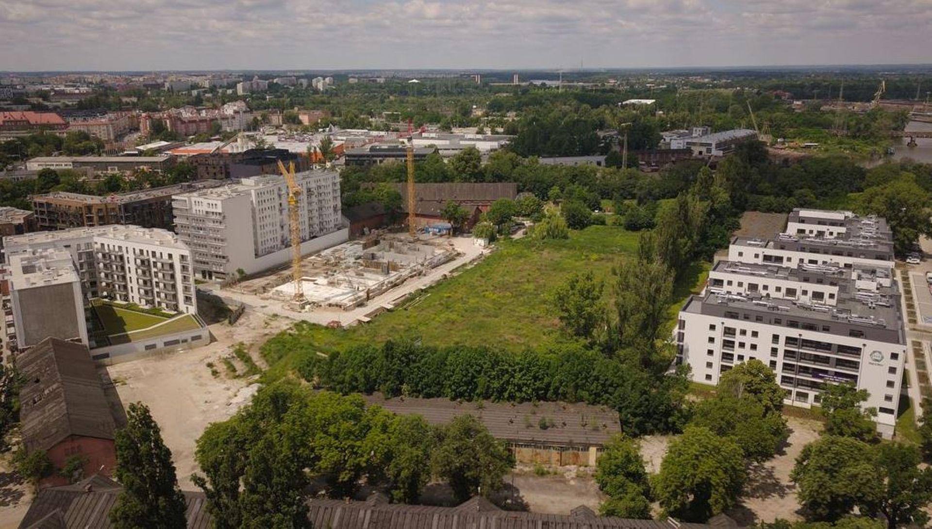 Wrocław: Nowy park i szkoła. Miasto odkupiło działki od wojska