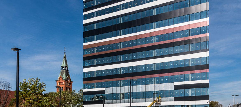 Pierwszy budynek Silesia Business