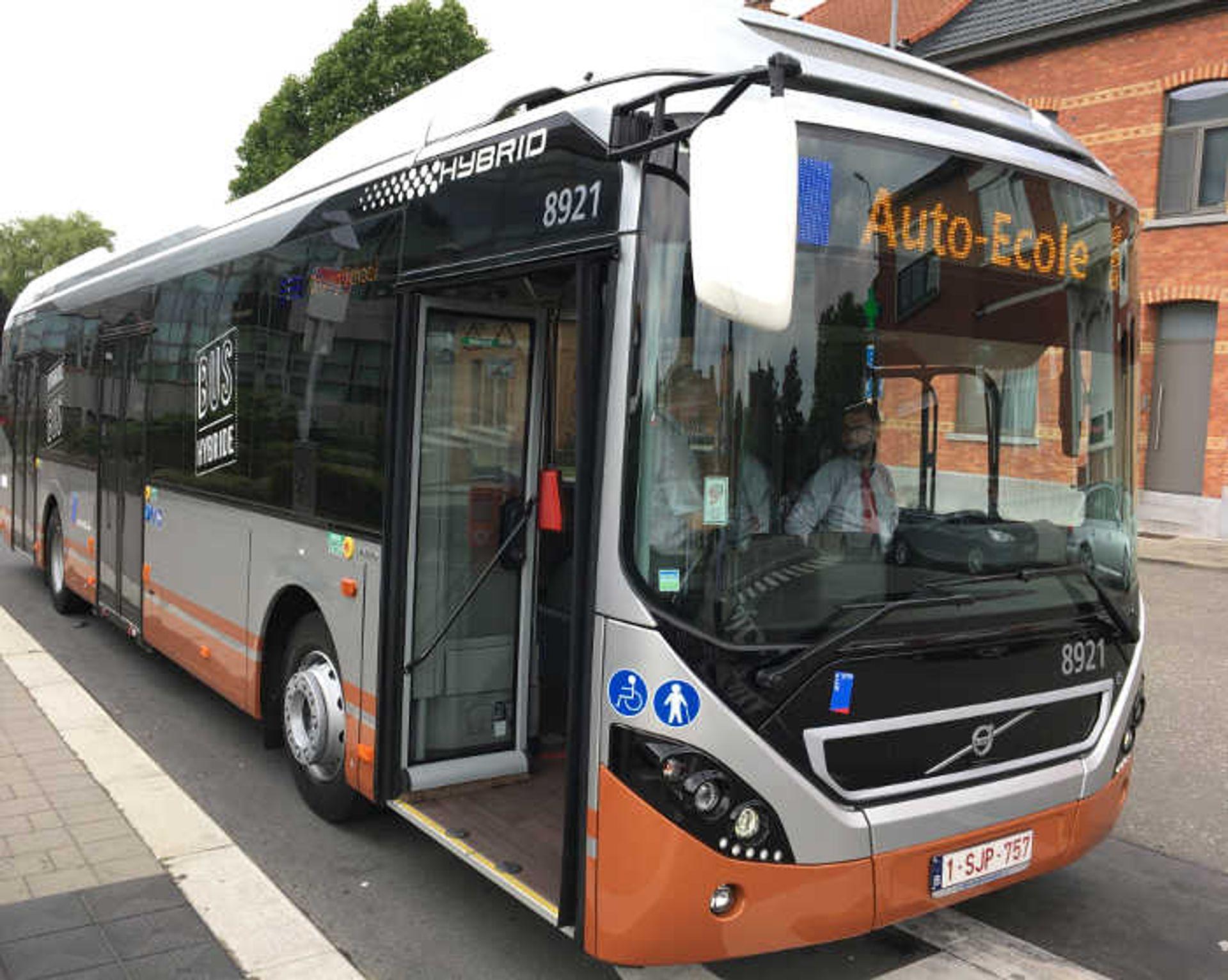 [Wrocław] Fabryka Volvo Buses dostarczy do Brukseli 90 autobusów hybrydowych
