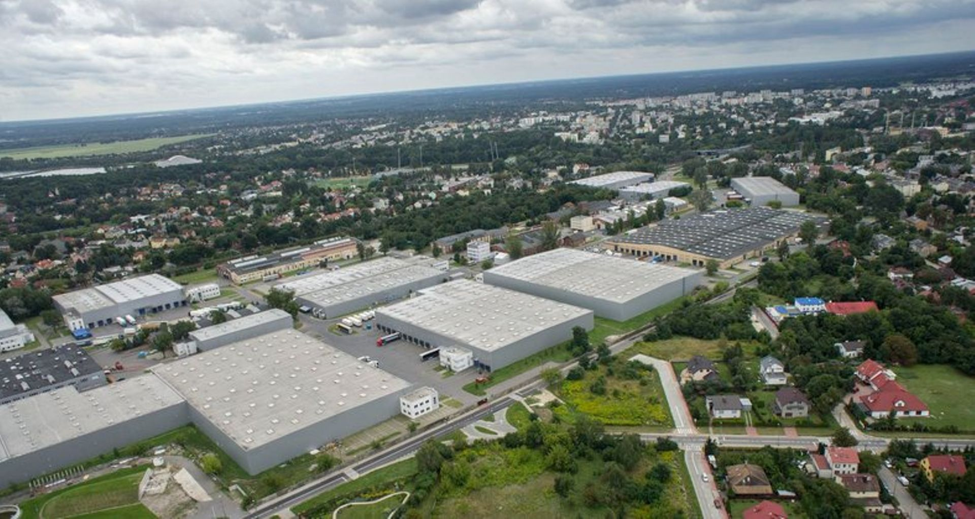 [mazowieckie] Środkowoeuropejskie centrum dystrybucyjne światowej firmy sprzedażowej pozostaje w MLP Pruszków I