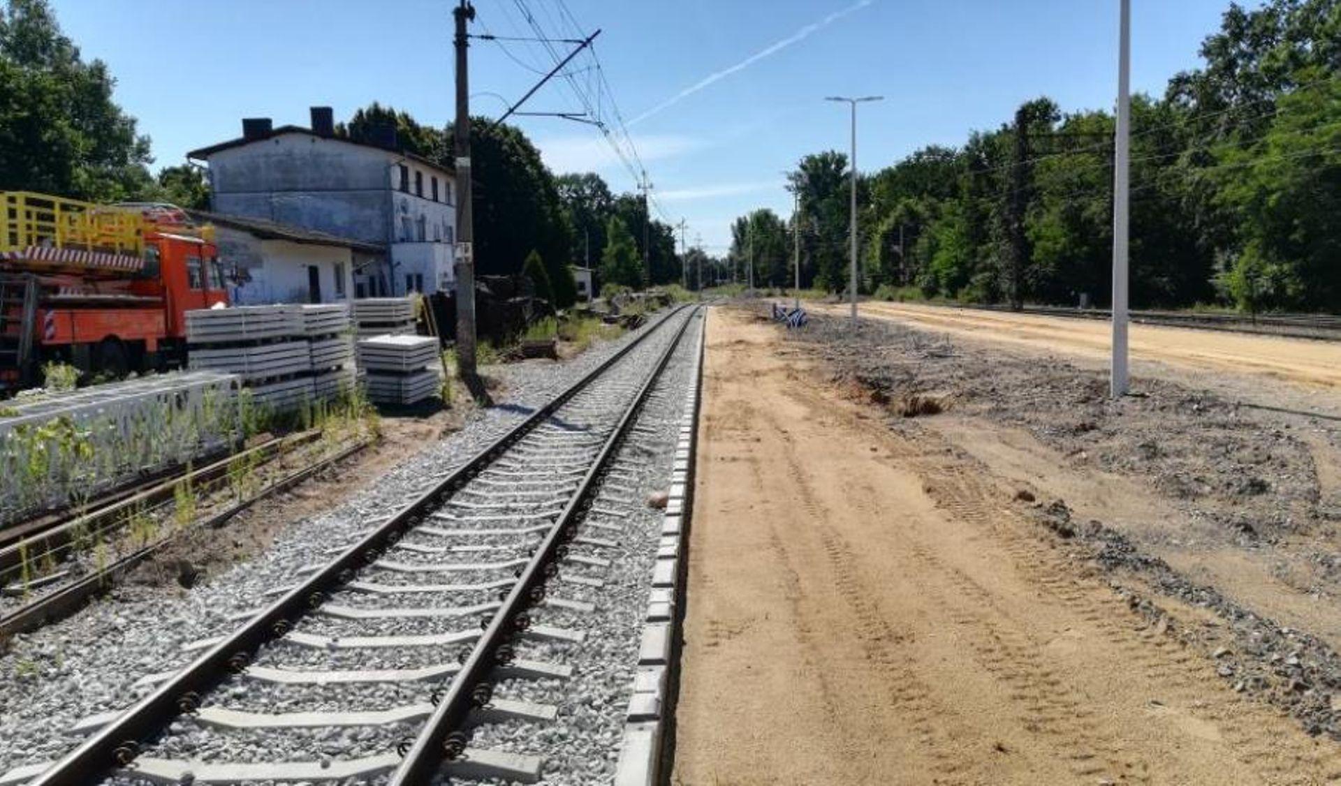 W przyszłym roku pojedziemy wyremontowaną linią kolejową z Wrocławia do Jelcza-Laskowic