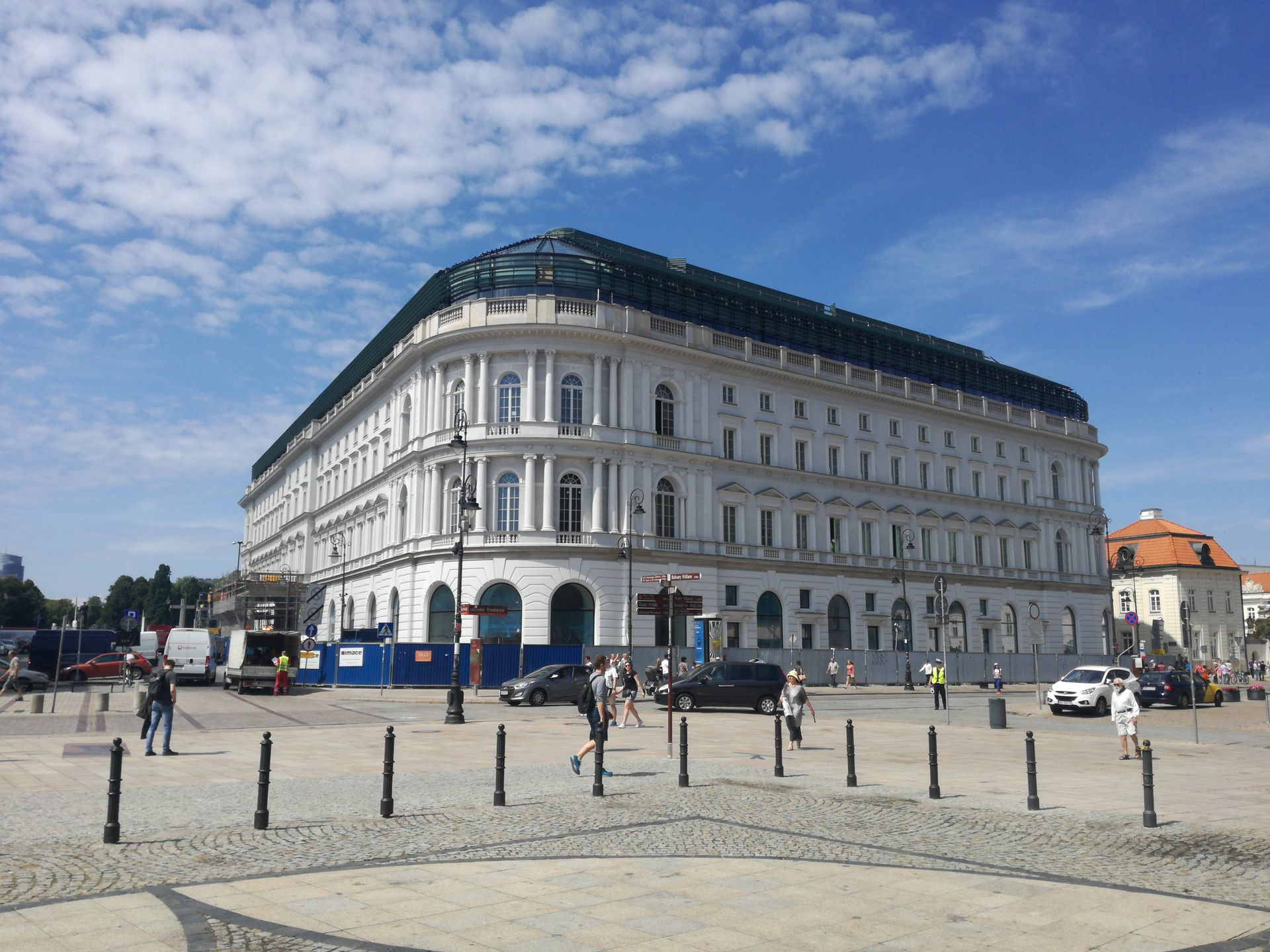 [Warszawa] Biura w Europejskim Offices w Warszawie w pełni wynajęte