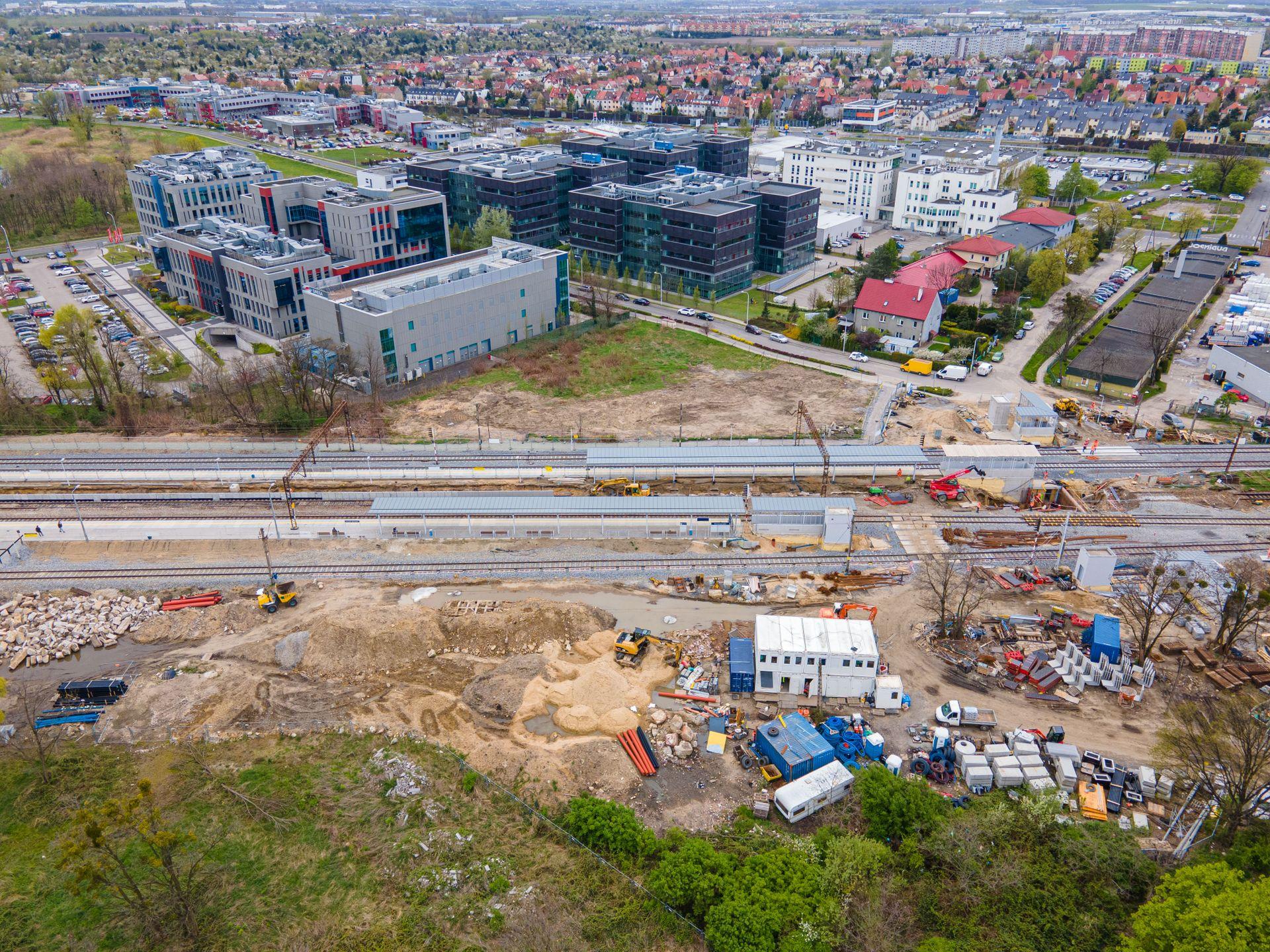 Trwa modernizacja stacji Wrocław Muchobór [FILM + ZDJĘCIA]