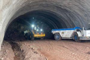 Trwają prace przy budowie tunelu na trasie S3, na odcinku Bolków - Kamienna Góra [FILM + ZDJĘCIA]