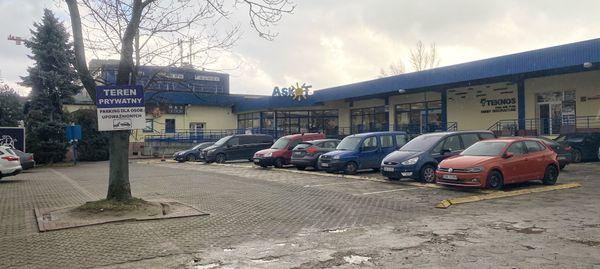 Wrocław: Budynek mieszkalny w miejsce hurtowni Askot na Szczepinie? BPI rozważa inwestycję