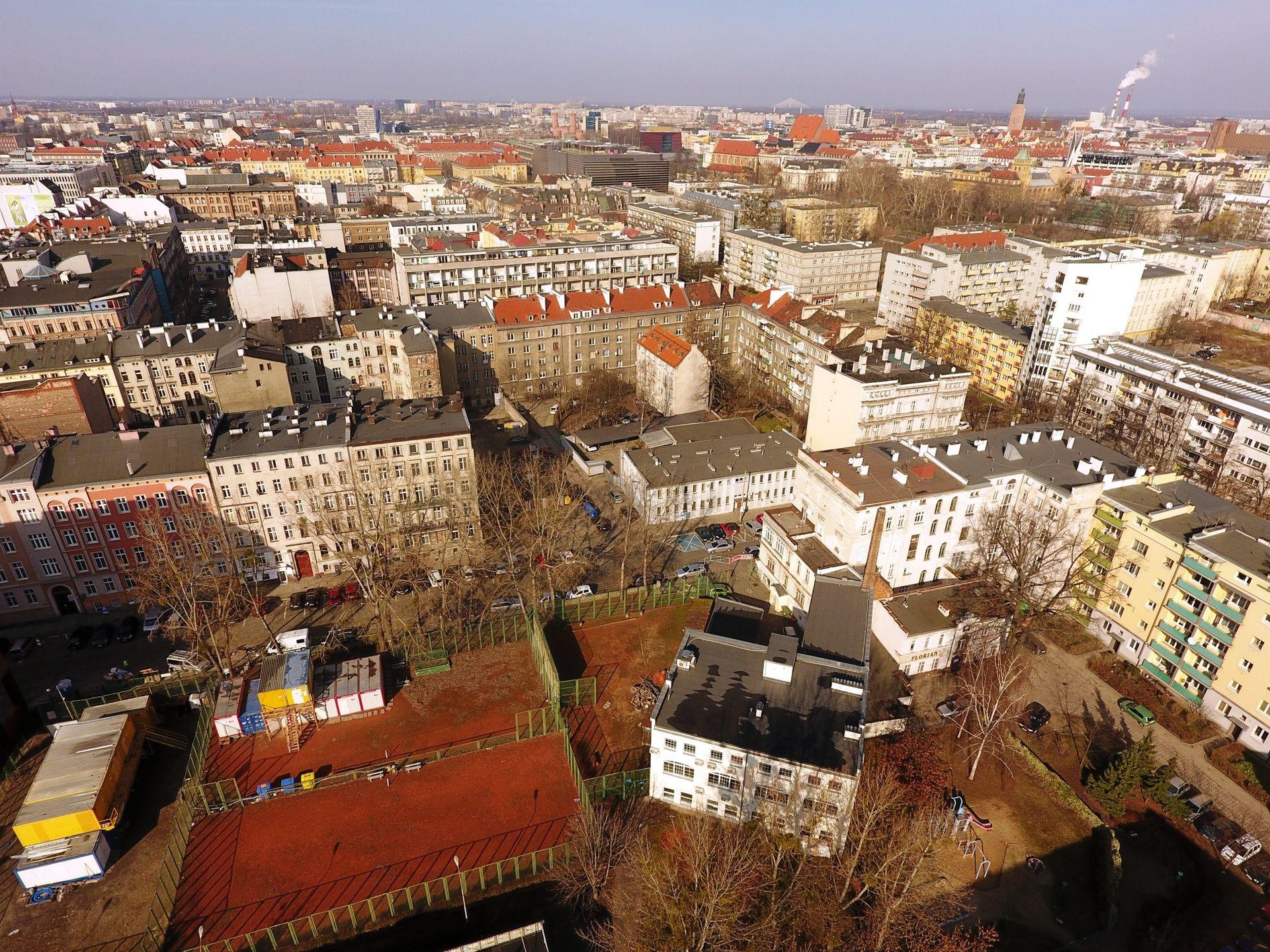 Wrocław: Miliony za teren przy Dworcu Głównym. Dawna siedziba Straży Miejskiej na sprzedaż