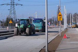 Postępują prace na budowie nowej trasy tramwajowej przez Popowice [FILM]