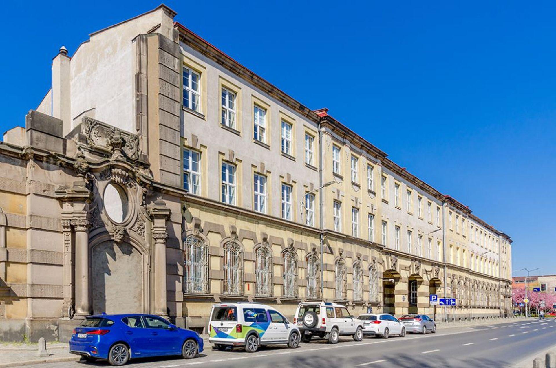 Wrocław: Są chętni na zabytkowy gmach dawnej poczty na Starym Mieście