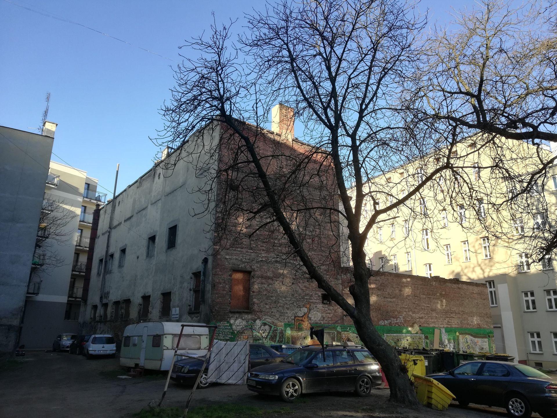 Wrocław: Miasto sprzeda niszczejący zakład nad Nadodrzańskim podwórzu