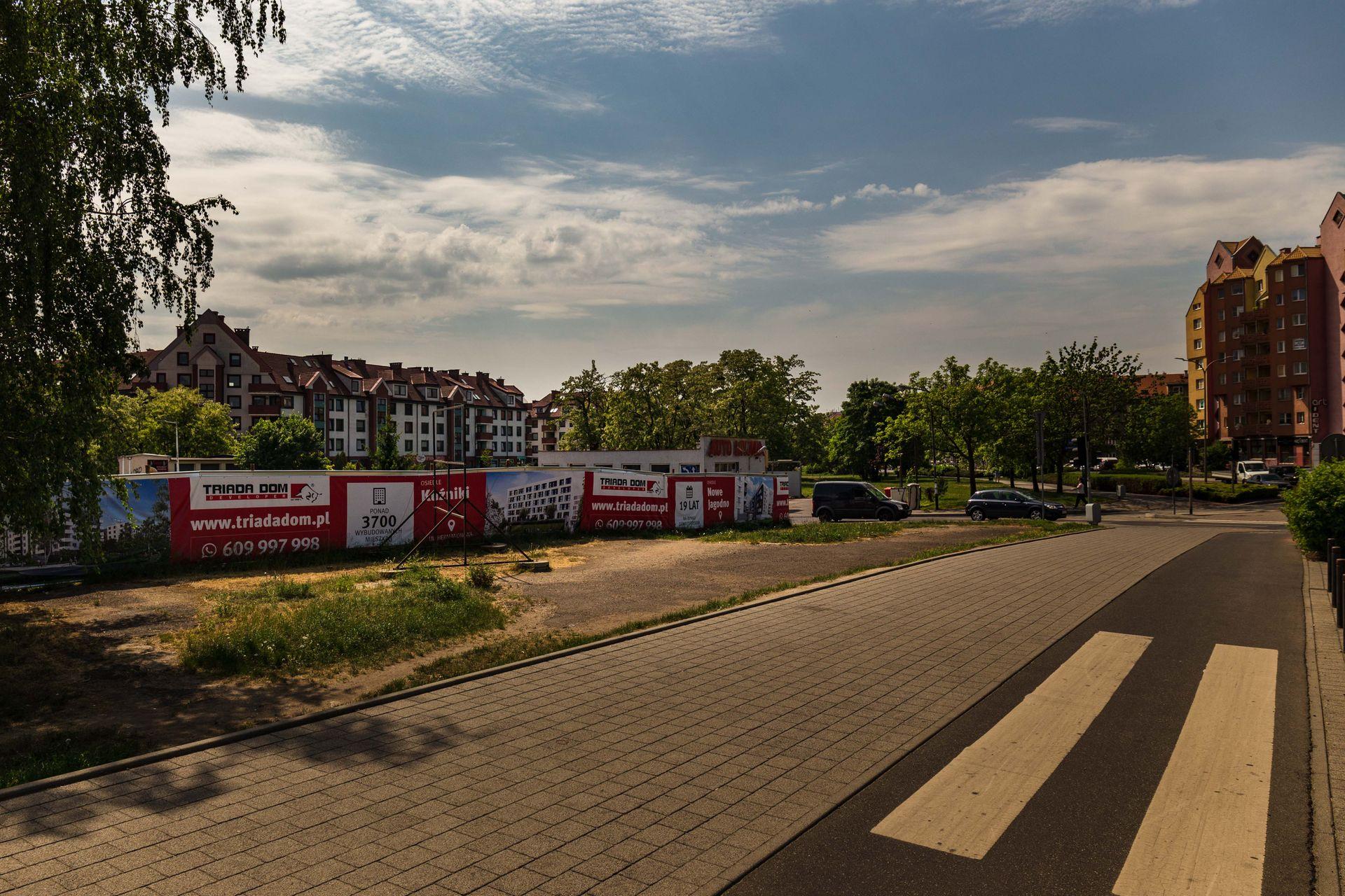 Wrocław: Triada Dom przejęła teren stacji paliw na Ołbinie. Ma zgodę na wyburzenia