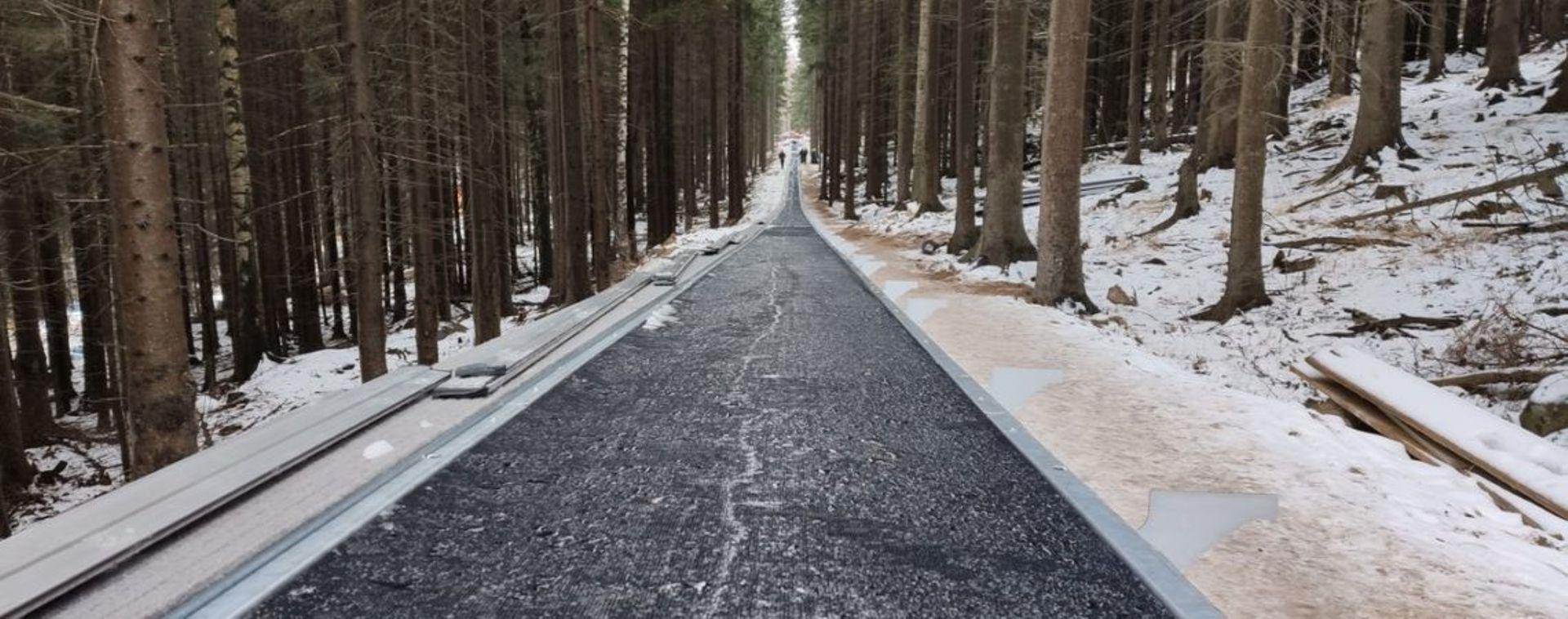 W Karpaczu w sezonie zimowym uruchomiona zostanie najdłuższa taśma narciarska w Polsce