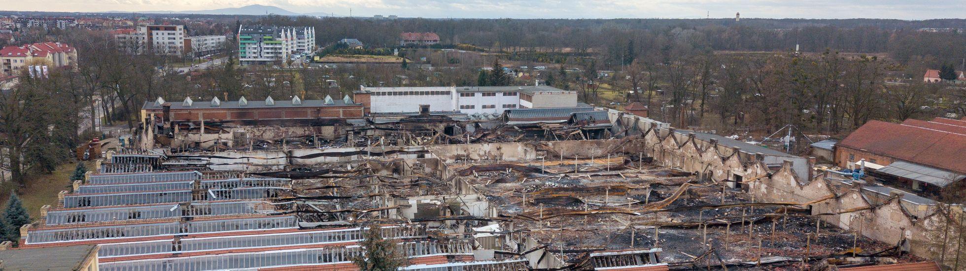 Wrocław: Budowa Centrum Stabłowicka staje pod znakiem zapytania. Wszystko przez pożar zabytkowej hali